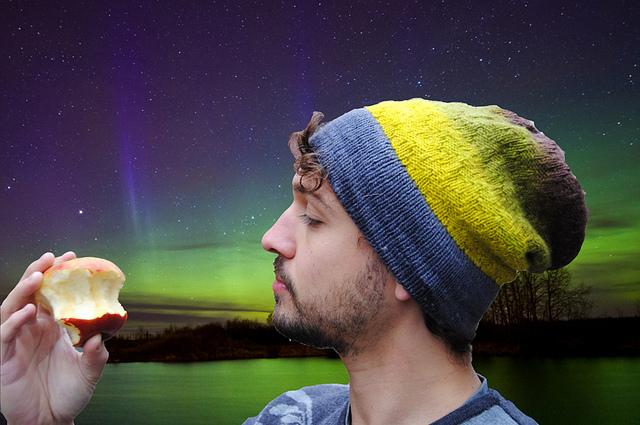 Slouchy aurora hat Stephen West